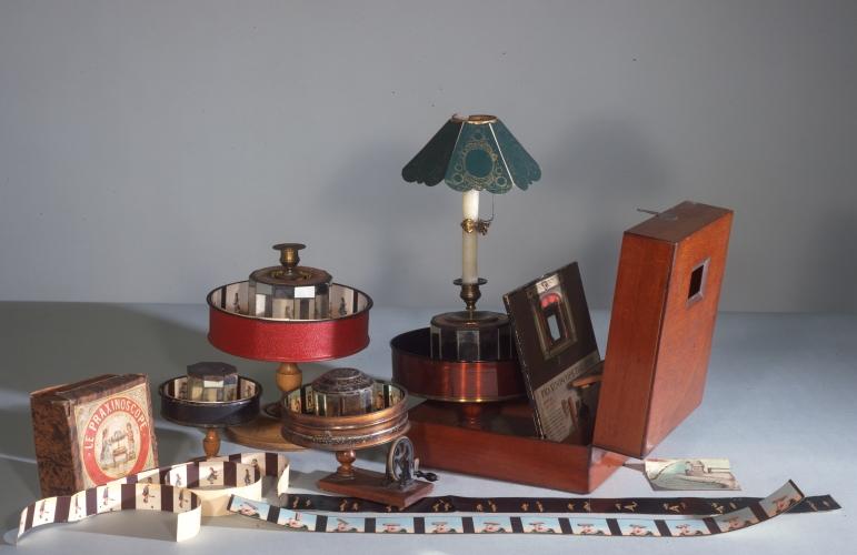 Praxinoscopes